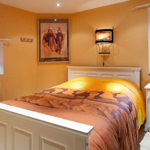 Maison_Fiche-Villas-de-luxe-104772-03-Spa-(Jalhay)-chambre-534279[1]