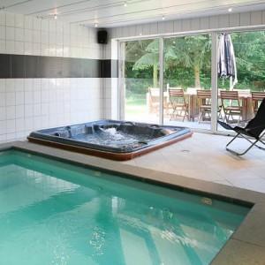 Maison_Fiche-Villas-de-luxe-104772-03-Spa-(Jalhay)-piscine-952054-1L[1]