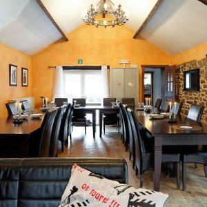 Maison_Fiche-Villas-de-luxe-104772-03-Spa-(Jalhay)-salle-a-manger-534273[1]
