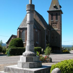 Perron + église Surister